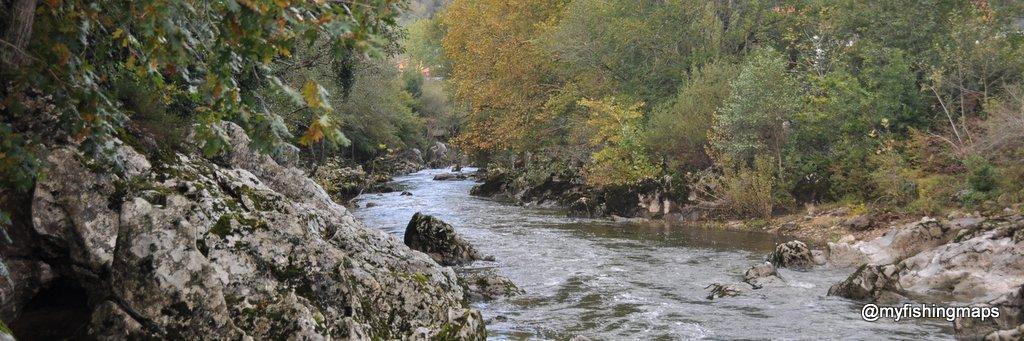 Río Pas en Puente Viesgo