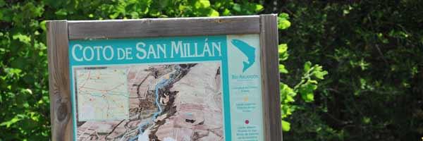 Cartel de coto de pesca de San Millan